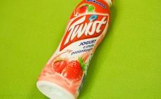 Jogurt o smaku poziomkowym