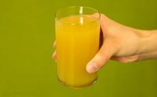 Szklanka nektaru Bobo Frut jabłko i ananas
