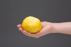 Żółty burak obrany