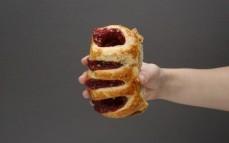 Ciastko francuskie z maliną