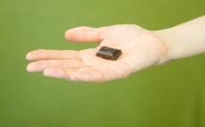 Kostka belgijskiej ciemnej czekolady 85% ze stewią