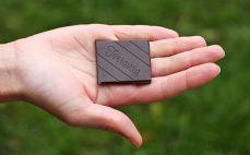 Kostka czekolady 77%