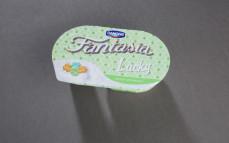 Jogurt Fantasia Lucky, jogurt kremowy z pszennymi koniczynkami w polewie, smak mleczny