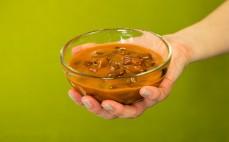 Porcja czerwonej fasoli w sosie pomidorowym Cayenne