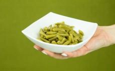 Porcja konserwowej zielonej fasolki szparagowej