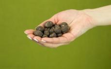 Garść fig w surowej czekoladzie