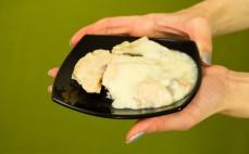 Filety z pstrąga w sosie chrzanowym