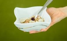 Porcja płatków zbożowych Fital żurawina + borówka + jagody goji