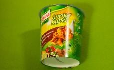 Makaron z sosem gulaszowym Knorr Gorący Kubek