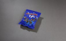 Grześki tyci mini wafelki z kremem o smaku kakaowym w czekoladzie