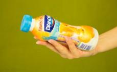Porcja napoju jogurtowego o smaku morelowym