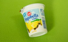 Jogurt ananasowy light Jogobella