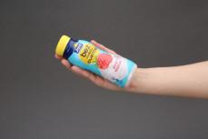 Porcja jogurtu malinowego bez dodatku cukrów