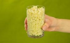 Szklanka ugotowanej kaszy pszennej