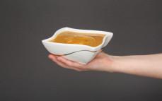 Porcja kremu dyniowego z pestkami dyni