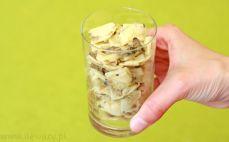 Szklanka łazanek z kapustą i grzybami