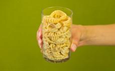 Szklanka ugotowanego makaronu sojowego