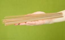 Porcja makaronu spaghetti z pszenicy płaskurka