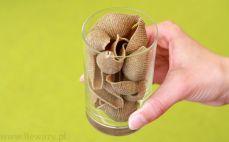 Szklanka makaronu żytniego muszle