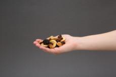 Garść miksu suszonych owoców
