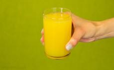 Szklanka napoju Cytrusy i trawa cytrynowa Fortuna