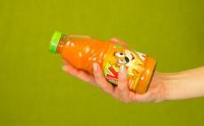 Porcja soku z warzyw i owoców Kubuś - marchew jabłko pomarańcza