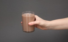 Szklanka napoju mlecznego Mars