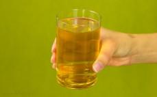 Szklanka napoju herbacianego Nestea Green Tea Citrus