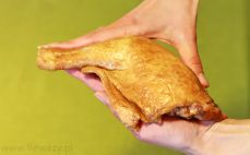 Wędzona noga z kurczaka
