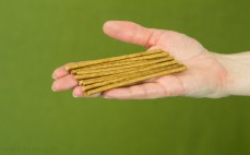 10 pełnoziarnistych paluszków żytnich