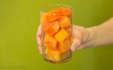Szklanka papai w syropie