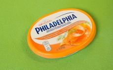 Serek z wędzonym łososiem i koperkiem Philadelphia