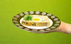 Porcja pieczeni rzymskiej z jajkiem