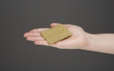 Kromka chleba chrupkiego Vega lekki z jarmużem