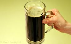 Kufel piwa porter