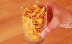 Szklanka płatków kukurydzianych
