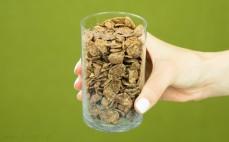 Szklanka płatków kukurydzianych choco