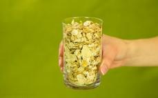 Szklanka płatków z kasztanów jadalnych
