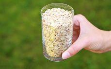 Szklanka płatków żytnich