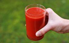 Szklanka przecieru pomidorowego
