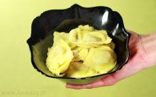 Porcja ugotowanego Ravioli z borowikami
