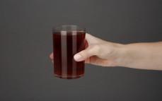 Szklanka herbaty rooibos z imbirem