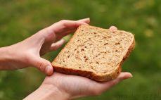Pieczywo sandwich z ziarnami
