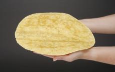Tortilla pszenna, curry