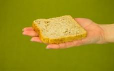 Kromka chleba tostowego z mąką pełnoziarnistą