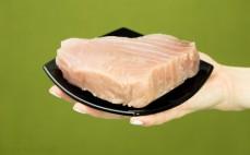 Porcja żółtopłetwego tuńczyka
