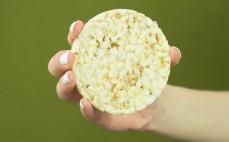 Wafle kukurydziane z kaszą jaglaną i pieprzem