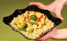 Krewetki z warzywami i ryżem