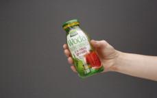 Porcja wody kokosowej z sokiem z granatu