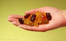 Garść owocowych żelków bez żelatyny